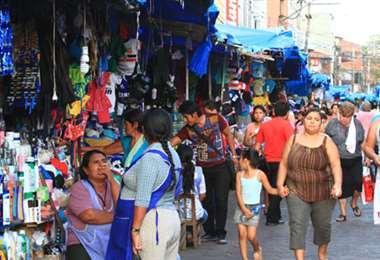 El comercio irregular deberá justificar sus ingresos según nueva ley