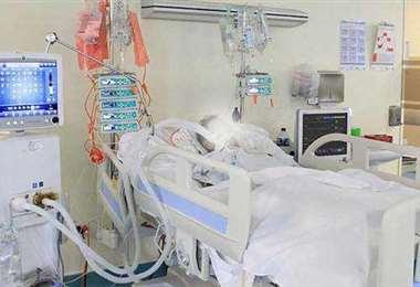 Las salas de terapias de los hospitales serán equipadas/Foto EL DEBER.