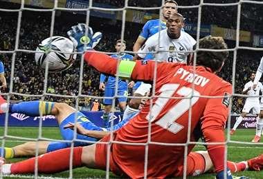 Anthony Martial anotó el gol de Francia ante Ucrania. Foto: AFP