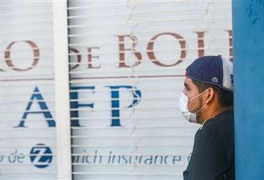 No hay una fecha concreta para la devolución de los aportes jubilatorios ( Foto: EL DEBER)