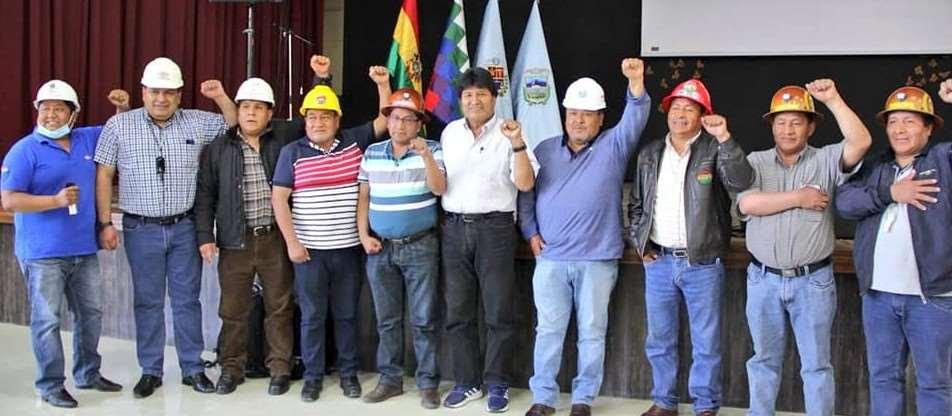 Algunos dirigentes del estado mayor del pueblo el 30 de agosto junto con Evo Morales