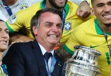 Jair Bolsonaro es un reconocido amante del fútbol. Foto: Internet