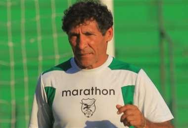 Carlos Borja no se ilusiona, pero apoya a la selección. Foto: Internet