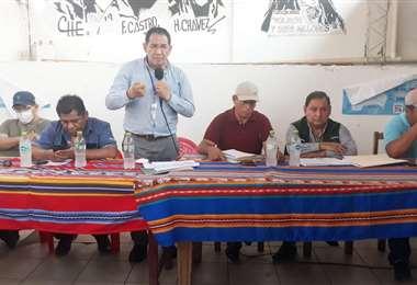 Este lunes se instalaron las mesas de trabajo en Yapacaní/Foto Soledad Prado