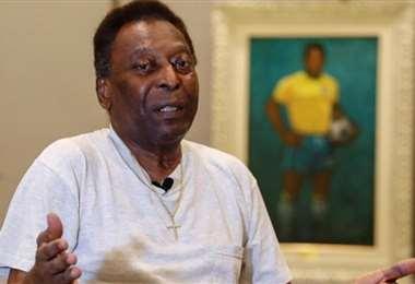 Pelé agradeció a Dios y a sus amigos por el apoyo. Foto: Internet