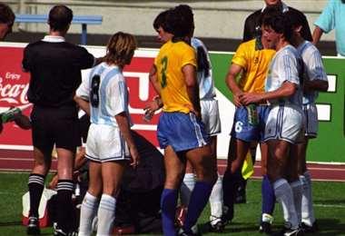 Brasil-Argentina, en el Mundial de Italia 1990. Foto: Internet