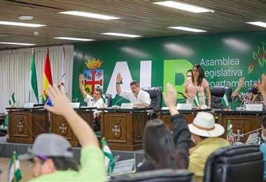 Con tensión en el pleno, se aprobó el POA 2022 para la Gobernación