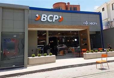 El BCP fue distinguido también por el Fintech América 2021