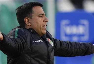 César Farías alista el equipo boliviano para enfrentar a Argentina. Foto: AFP