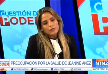 Carolina Ribera en un canal de la televisión de Estados Unidos