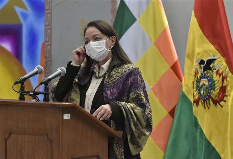 Ministra de Salud confirma que Trinidad será encapsulada y que se hará un mega despliegue para ayudar al Beni – Noticias Bolivia