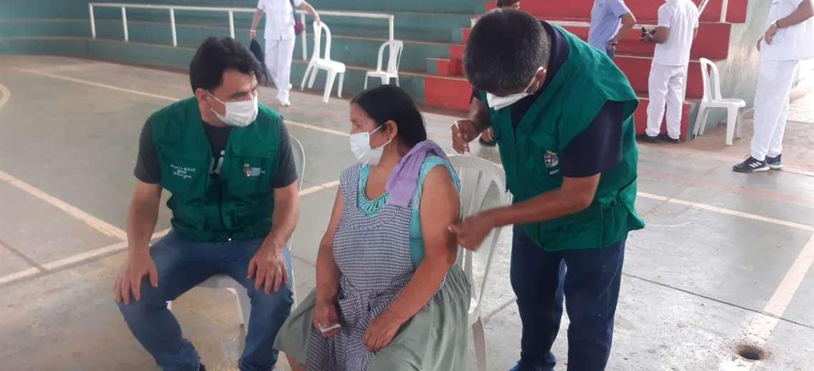 Ríos pide al Gobierno mayor esfuerzo para conseguir más vacunas anticovid |  EL DEBER